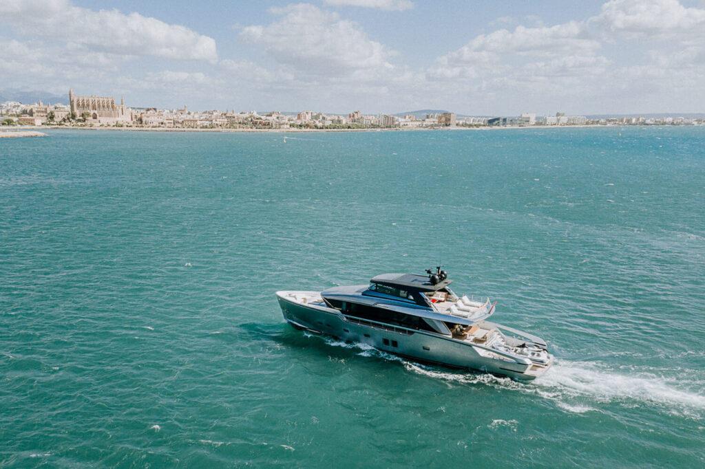 San Lorenzo Yacht 01